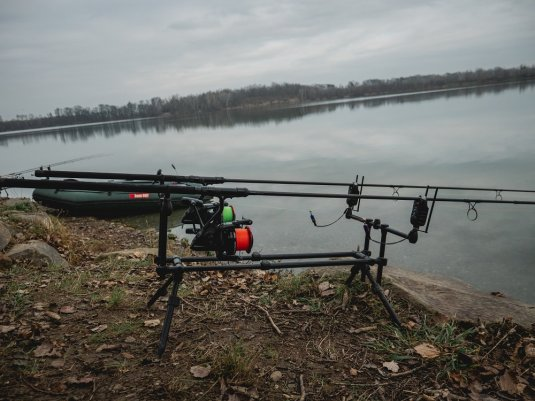 Giants fishing Stojan Compact Rod Pod 3 Rods